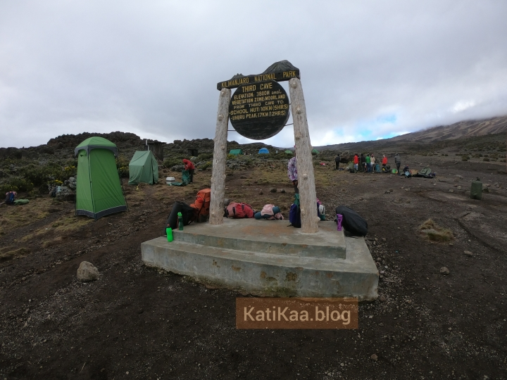 Kilimanjaro – Day 5/10 – Second cave to Third cavecamp